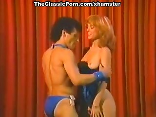 Nina Hartley, Billy Dee in wild sex in..