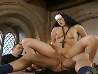 Nun - German