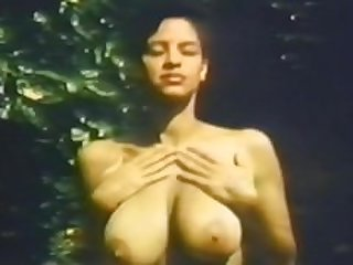 legendary tits : Keli Stewart, Christy..