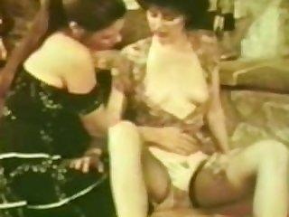 Lesbian Peepshow Loops 537 70s and 80s -..