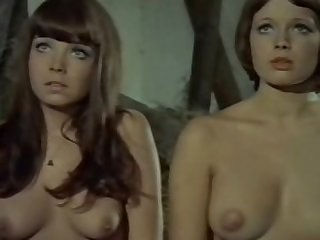 Andrea Rau and Barbara Capell in Die..