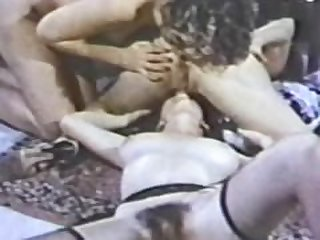 Lesbian Peepshow Loops 630 70's and 80's..