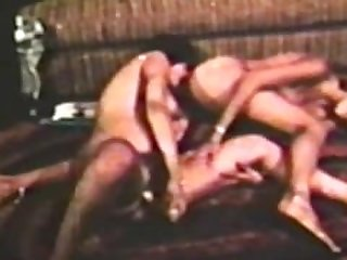 Lesbian Peepshow Loops 561 70s and 80s -..