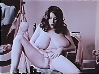 Softcore Nudes 611 60's and 70's - Scene..