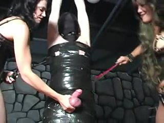 2 Mistress Grabbing and Slaapping Balls..