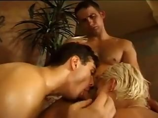 Womans massage becomes 3way with two bi..